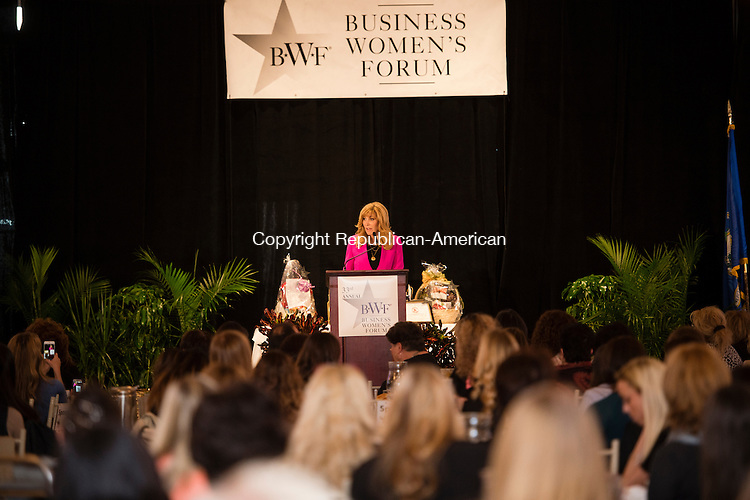 WATERBURY, CT - 23 October 2015-102315EC02-- Leeza Gibbons, an anchor on Entertainment Tonight, speaks to the 2015 Business Women's Forum at the Aqua Turf Friday. Erin Covey Republican-American.