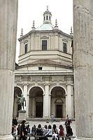 Le colonne e la Basilica di San Lorenzo Maggiore, a Milano.<br /> Roman columns and Basilica di San Lorenzo Maggiore in Milan.<br /> UPDATE IMAGES PRESS/Riccardo De Luca