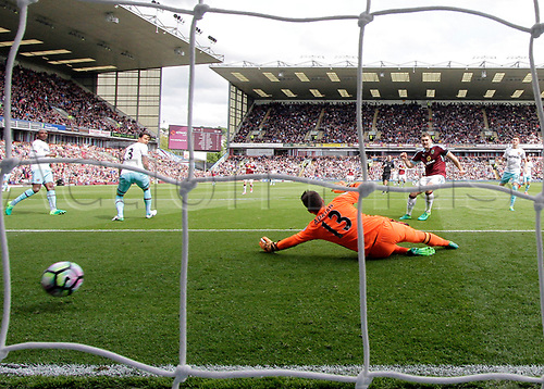 May 21st 2017, Turf Moor, Burnley,  England; EPL Premier league football, Burnley versus West Ham United;  Sam Vokes of Burnley beats Adrian of West Ham United to make it 1-0 in the 23rd minute