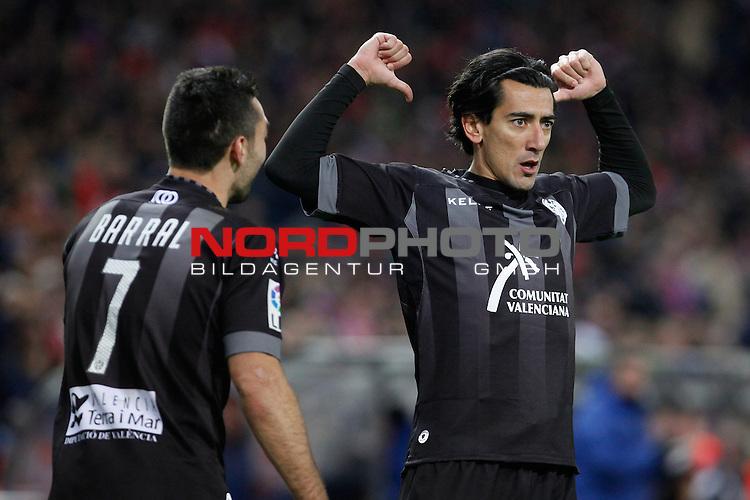 Levante¬¥s Pedro Rios (R) celebrates a goal during La Liga 2013-14 match at Vicente Calderon stadium, Madrid. December 21, 2013. Foto © nph / Victor Blanco)