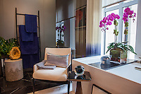 The Kips Bay Decorator Show House invited twenty one designers and architects to transform a luxury Manhattan townhouse for a benefit to the Kips Bay Boys &amp; Girls Club. <br /> <br /> Pictured, design by Groves &amp; Co.<br /> <br /> <br /> Danny Ghitis for The New York Times