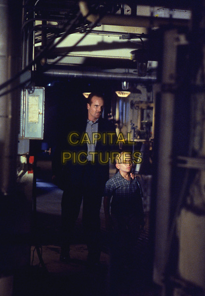 The X-Files (1993 - )<br /> (Season 6, Episode 1, &quot;The Beginning&quot;)     <br /> *Filmstill - Editorial Use Only*<br /> CAP/KFS<br /> Image supplied by Capital Pictures