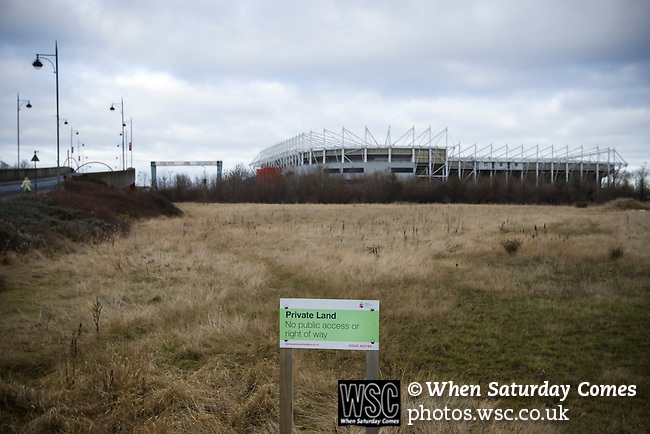 Middlesbrough 1 Preston North End 1, 22/01/2011. Riverside Stadium, Championship. A sign indicating a stretch of private land adjacent to Middlesbrough FC's Riverside Stadium pictured on the day the club played host to Preston North End in an Npower Championship fixture. The match ended in a one-all draw watched by a crowd of 16,157. Middlesbrough relocated from their former home at Ayresome Park in 1995. Photo by Colin McPherson.