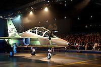 - presentation of the new advanced military training aircraft Aermacchi M346 ....- presentazione del nuovo aereo da addestramento militare avanzato Aermacchi M346