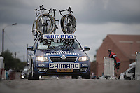 Shimano neutral support car over the cobbles<br /> <br /> 101st Kampioenschap van Vlaanderen 2016 (UCI 1.1)<br /> Koolskamp &rsaquo; Koolskamp (192.4km)
