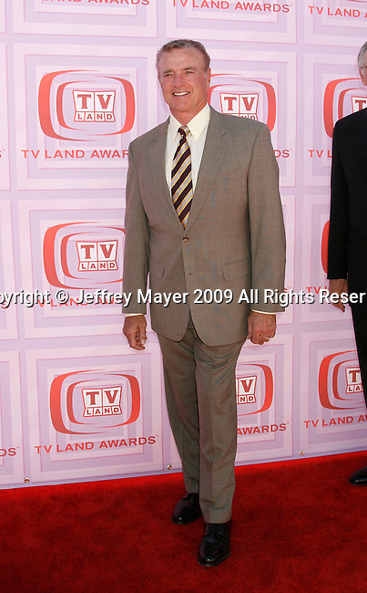 UNIVERSAL CITY, CA. - April 19: Kevin Dobson  arrives at the 2009 TV Land Awards at the Gibson Amphitheatre on April 19, 2009 in Universal City, California.