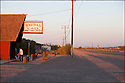 Californie-Route 66<br /> D&eacute;sert de Mojave<br /> Bagdad caf&eacute;