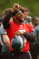 Philadelphia Eagles quarterback Donovan McNabb does a sideline yell during the minicamp drills at the team's training facility Friday, April, 29, 2005 in Philadelphia. (AP Photo/Bradley C Bower)