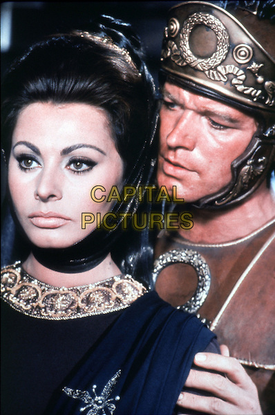 SOPHIA LOREN & STEPHEN BOYD.in The Fall of the Roman Empire (1964).*Filmstill - Editorial Use Only*.CAP/STF/PEL.Supplied by Capital Pictures.