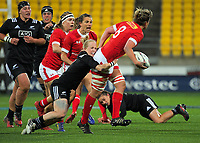 Kelly Russell looks for support during the 2017 International Women's Rugby Series rugby match between the NZ Black Ferns and Canada at Westpac Stadium in Wellington, New Zealand on Friday, 9 June 2017. Photo: Dave Lintott / lintottphoto.co.nz