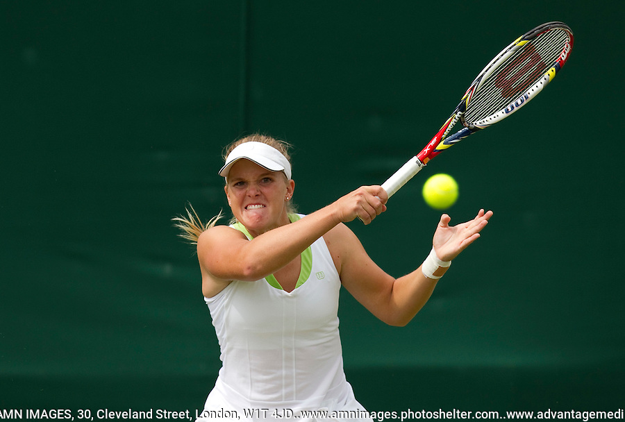 Melanie Oudin..Tennis - Grand Slam - The Championships Wimbledon - AELTC - The All England Club - London - Mon June 25th 2012. .© AMN Images, 30, Cleveland Street, London, W1T 4JD.Tel - +44 20 7907 6387.mfrey@advantagemedianet.com.www.amnimages.photoshelter.com.www.advantagemedianet.com.www.tennishead.net