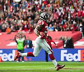 26.10.2014.  London, England.  NFL International Series. Atlanta Falcons versus Detroit Lions. Falcons' RB Steven Jackson [39] breaks through the Lion's defence and scores a touch down.