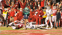NWA Democrat-Gazette/MICHAEL WOODS • Arkansas tight end Hunter Henry scores a touchdown in front of Mississippi State defender Brandon Bryant in the 3rd quarter of Saturday nights game at Razorback Stadium November 21, 2015.