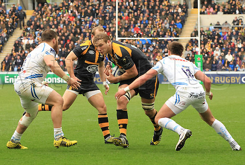 09.04.2016. Ricoh Arena, Coventry, England. European Champions Cup. Wasps versus Exeter Chiefs.  Wasps lock Joe Launchbury  carries the ball into contact.