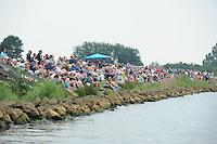 SKÛTSJESILEN: ELAHUIZEN: De Fluezen, 24-07-2015, SKS kampioenschap 2015, winnaar werd het skûtsje van Joure met schipper Dirk Jan Reijenga, ©foto Martin de Jong