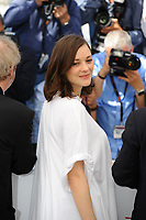 Marion COTILLARD - CANNES 2017 - PHOTOCALL 'LES FANTOMES D'ISMAEL'