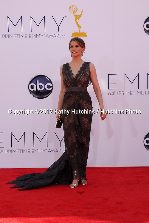 LOS ANGELES - SEP 23:  Anna Chlumsky arrives at the 2012 Emmy Awards at Nokia Theater on September 23, 2012 in Los Angeles, CA