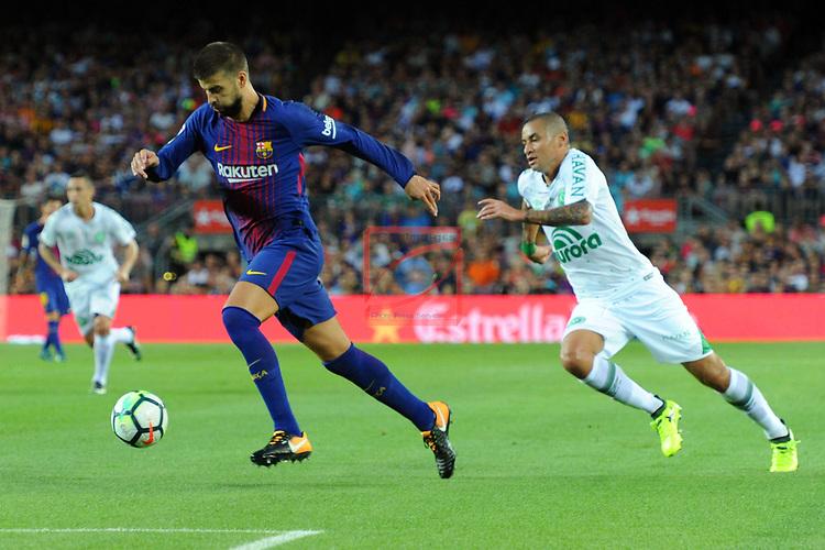 52e Trofeu Joan Gamper.<br /> FC Barcelona vs Chapecoense: 5-0.<br /> Gerard Pique vs Paulista.