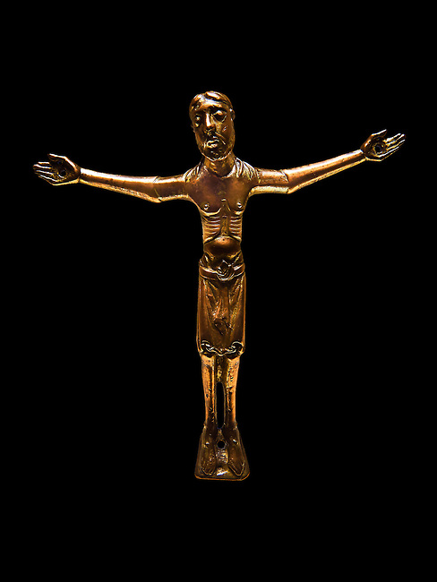 Gothic cast bronze statue of Christ. Date circa 1180 probably comes from Cerdanya.  National Museum of Catalan Art, Barcelona, Spain inv no: MNAC 4553