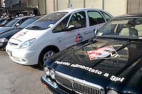 - exhibit of ecological vehicles organized by Lombardy Regional Authority, LGP powered car (liquefied propane gas)....- mostra di veicoli ecologici organizzata dalla Regione Lombardia, automobile alimentata a GPL (gas propano liquido)