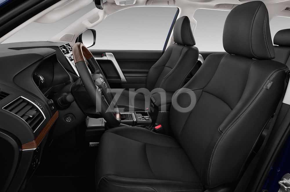 Front seat view of a 2018 Toyota Landcruiser Premium 5 Door SUV front seat car photos