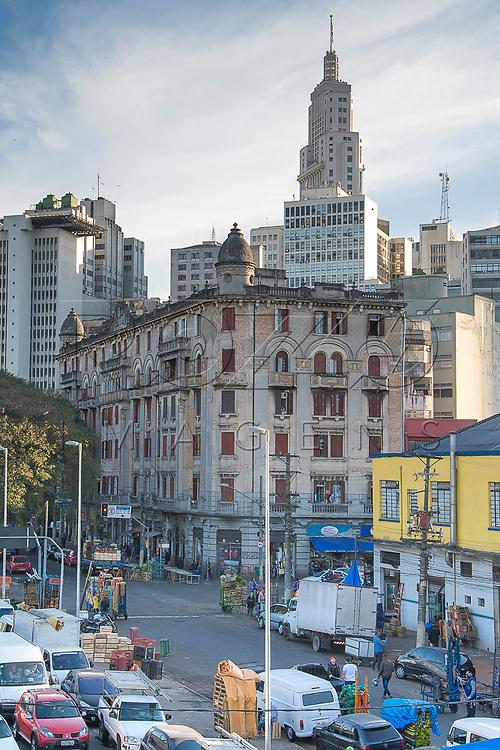 Região do Parque Dom Pedro II com edifícios Altino Arantes ao fundo, São Paulo - SP, 06/2016.