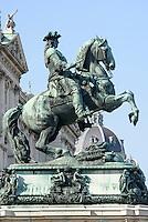 Denkmal Prinz Eugen vor der Nationalbibliothek in  Neue Hofburg, Wien, &Ouml;sterreich  UNESCO-Weltkulturerbe<br /> monument prince Eugen, Vienna, Austria, world heritage