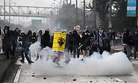BOGOTÁ - COLOMBIA, 21-11-2019:Disturbios durante el Paro Nacional. /Riots during the National Unemployment. Photo: VizzorImage / Felipe Caicedo / Satff