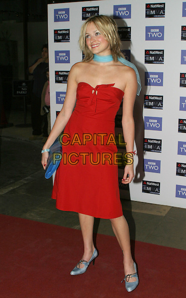 FEARNE COTTON.2004 Emma Awards, Grosvenor House Hotel, London.May 24th, 2004.full length, full-length, strapless red dress, blue scarf, nose ring, piercing, blue eyeliner, make up.www.capitalpictures.com.sales@capitalpictures.com.© Capital Pictures.