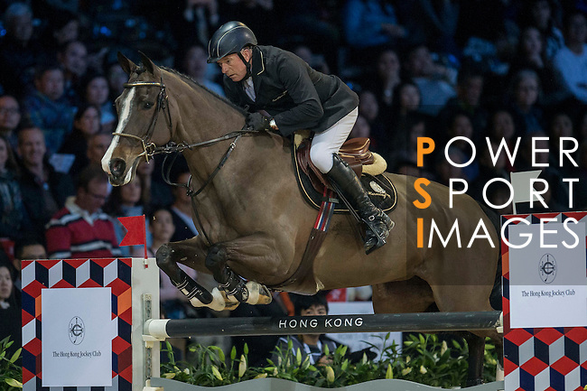 John Whitaker of United Kingdom riding Ornellaia during the Hong Kong Jockey Club Trophy competition, part of the Longines Masters of Hong Kong on 10 February 2017 at the Asia World Expo in Hong Kong, China. Photo by Juan Serrano / Power Sport Images