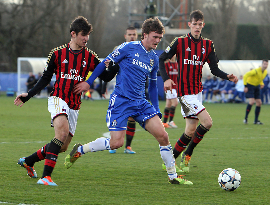 Chelsea's John Swift in action <br /> <br /> <br /> <br /> Photo by Kieran Galvin/CameraSport<br /> <br /> Football - UEFA Youth League - Chelsea  U19 v AC Milan U19 - Tuesday 25th February 2014 - Cobham Training Ground - Cobham<br /> <br /> &copy; CameraSport - 43 Linden Ave. Countesthorpe. Leicester. England. LE8 5PG - Tel: +44 (0) 116 277 4147 - admin@camerasport.com - www.camerasport.com