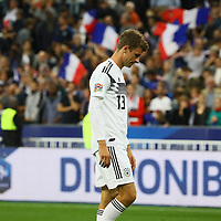 Enttäuschung bei Thomas Mueller (Deutschland Germany)- 16.10.2018: Frankreich vs. Deutschland, 4. Spieltag UEFA Nations League, Stade de France, DISCLAIMER: DFB regulations prohibit any use of photographs as image sequences and/or quasi-video.