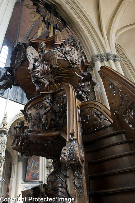 Pulpit, Church of Our Lady, Bruges, Belgium, Europe