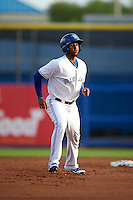 Dunedin Blue Jays shortstop Richard Urena (5) leads off second during a game against the Palm Beach Cardinals on April 15, 2016 at Florida Auto Exchange Stadium in Dunedin, Florida.  Dunedin defeated Palm Beach 8-7.  (Mike Janes/Four Seam Images)