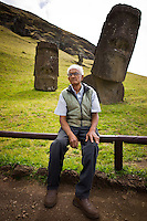 Rapa Nui, Easter island, oct 2011. Valentin Riroroko (79) elegido Rey de Rapa Nui, en el volcan Rano Raraku donde antiguamente se tallaban los Moai. In Rapa Nui, also called Easter Island, the  king of the original people is back after a hundred years RirorokoTuki Valentino, the new monarch, is  an old man who has made his living as a farmer and fisherman and  traveled the world as a ship&acute;s stowaways . <br />