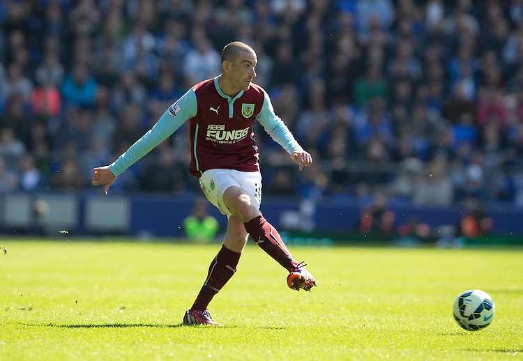 Burnley's David Jones<br /> <br /> Photographer Stephen White/CameraSport<br /> <br /> Football - Barclays Premiership - Everton v Burnley - Saturday 18th April 2015 - Goodison Park - Everton<br /> <br /> &copy; CameraSport - 43 Linden Ave. Countesthorpe. Leicester. England. LE8 5PG - Tel: +44 (0) 116 277 4147 - admin@camerasport.com - www.camerasport.com