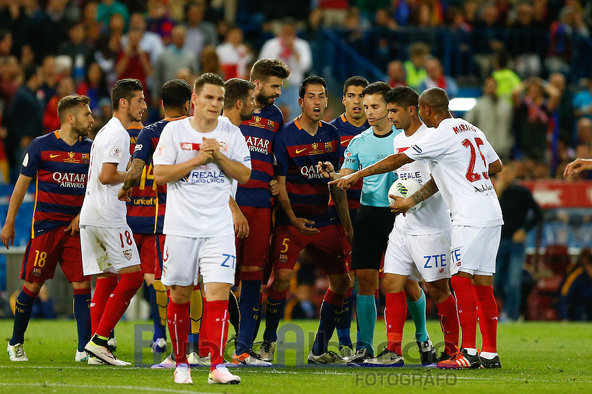 FC Barcelona players lamenting during the Final of Copa del Rey match between FC Barcelona and SevillaFC at the Vicente Calderon Stadium in Madrid, Sunday, May 22, 2016.
