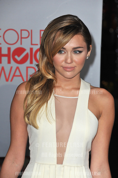 Miley Cyrus at the 2012 People's Choice Awards at the Nokia Theatre L.A. Live..January 11, 2012  Los Angeles, CA.Picture: Paul Smith / Featureflash