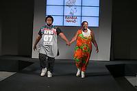 SÃO PAULO, SP, 24.07.2016 - MODA-SP - Desfile da marca Rainha Nagô durante o 14 Fashion Weekend Plus Size que acontece neste domingo, 24 no Centro de Convenções Frei Caneca. (Foto: Ciça Neder/Brazil Photo Press/Folhapress)