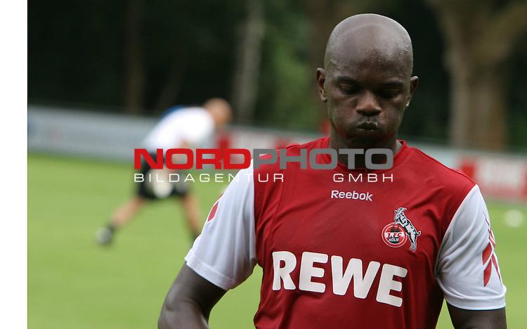1.Bundesliga 2008/2009  Training 27.06.2008<br /> Geissbockheim, Koeln<br /> <br /> Trainingsauftakt beim &ouml;ffentlichen Training am K&ouml;lner Geissbockheim. Pierre Wome schwitzt fuer sein Comeback beim 1.FC Koeln.<br /> <br /> <br /> Foto &copy; nph (nordphoto)<br /> <br /> *** Local Caption ***