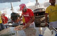 Campionato mondiale dei Pizzaiuoli e festival della pizza sul lungomare di Napoli