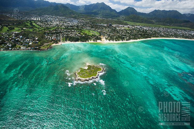 An aerial shot of Flat Island and Kailua Beach, with the Ko'olau Mountains in the distance, O'ahu.
