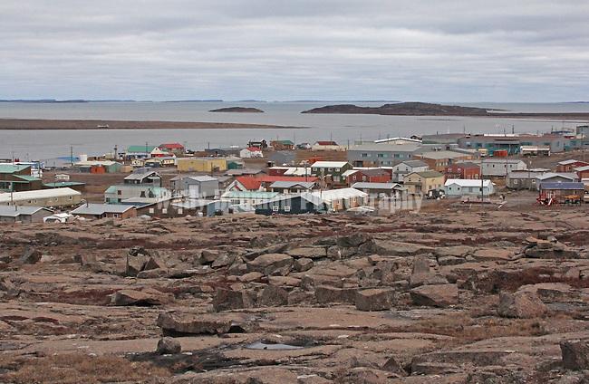 VILLAGE OF KUGLUKTUK IN THE CANADIAN ARCTIC, NUNAVUT, CANADA