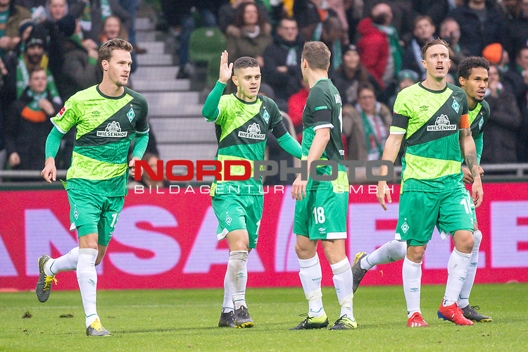 10.02.2019, Weser Stadion, Bremen, GER, 1.FBL, Werder Bremen vs FC Augsburg, <br /> <br /> DFL REGULATIONS PROHIBIT ANY USE OF PHOTOGRAPHS AS IMAGE SEQUENCES AND/OR QUASI-VIDEO.<br /> <br />  im Bild<br /> <br /> 1:0 Milot Rashica (Werder Bremen #11) <br /> Max Kruse (Werder Bremen #10)<br /> Ludwig Augustinsson (Werder Bremen #05)<br /> Sebastian Langkamp (Werder Bremen #15)<br /> Theodor Gebre Selassie (Werder Bremen #23)<br /> Niklas Moisander (Werder Bremen #18)<br /> Davy Klaassen (Werder Bremen #30)<br /> <br /> <br /> <br /> jubel <br /> Foto © nordphoto / Kokenge