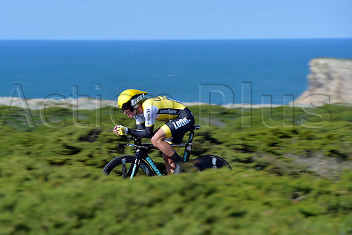 19.02.2016. Sagres, Portual.  ROGLIC Primoz (SLO) Rider of TEAM LOTTO NL - JUMBO in action during stage 3 of the 42nd Tour of Algarve cycling race, an individual time trial of 18km, with start and finish in Sagres on February 19, 2016 in Sagres, Portugal.