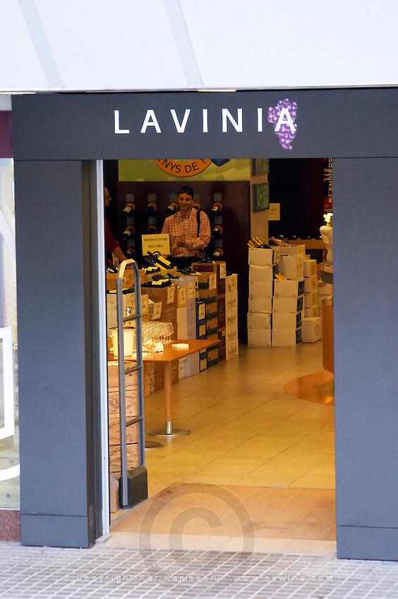Wine shop Lavinia. Barcelona, Catalonia, Spain.