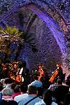 Sala dei Cavalieri di Villa Rufolo<br /> Quartetto di violoncelli del Conservatorio 'Santa Cecilia' di Roma<br /> <br /> Musiche di Forino, Joplin, Lennon, Rota ed altri<br /> Arrangiamenti di Maurizio Massarelli