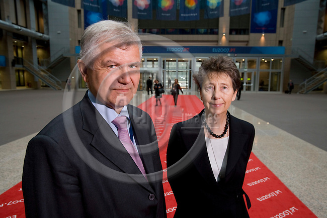 BRUSSELS - BELGIUM - 09 OCTOBER 2007 -- Kerstin NIBLAEUS, Director-General for Protection of the environment and consumers, health, Council of the EU and her husband Ulf DAHLSTEN, Director for Technologies et infrastructures émergentes at the EU Commision. Photo: Erik Luntang/EUP-IMAGES