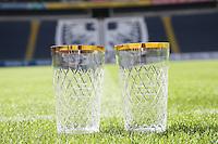 """Pokale des """"Hessen Schoppe"""", dem Derby zwischen den vier südhessischen American Football Zweitligisten, in der Frankfurter Commerzbank Arena"""