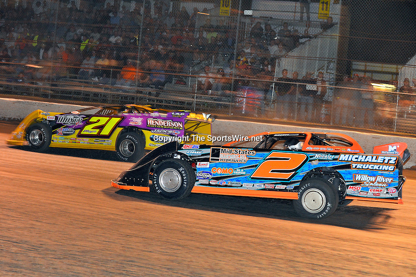 Feb 20, 2014; 9:45:11 PM;  Barberville, FL, USA;  World of Outlaws Late Model Series for 43rd Annual DIRTcar Nationals presented by Summit Racing Equipment at Volusia Speedway Park.  Mandatory Credit: (thesportswire.net)